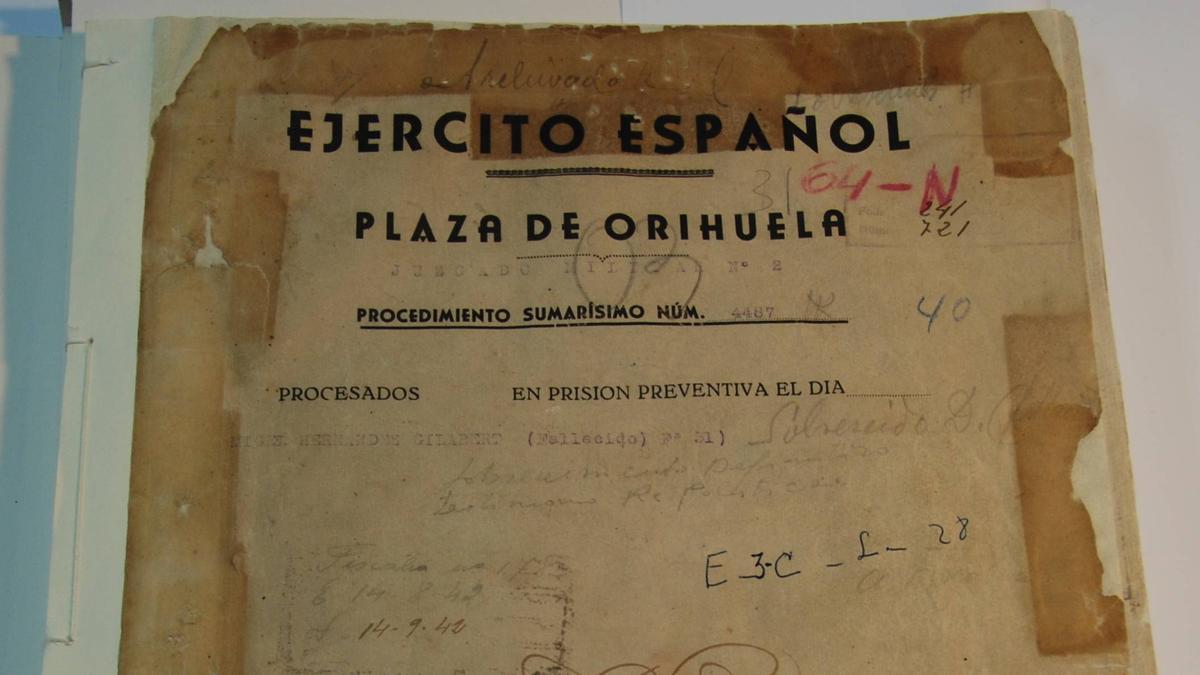 Procedimiento sumarísimo contra el poeta Miguel Hernández / Archivo General e Histórico de Defensa
