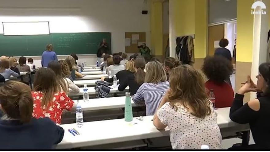 Arrancan en Vitoria las primeras pruebas para las 3.335 plazas de la OPE de Osakidetza, a la que acceden 96.235 personas