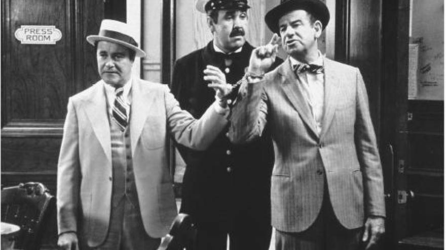 Jack Lemmon y Walter Mathau en la película 'Primera plana'.