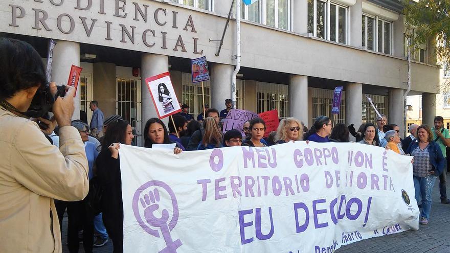 Concentración ante la Audiencia Provincial de A Coruña