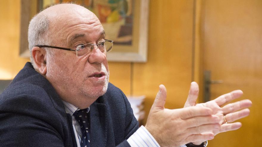 Juan José Sota, consejero de Economía y Hacienda de Cantabria.   ROMÁN GARCÍA