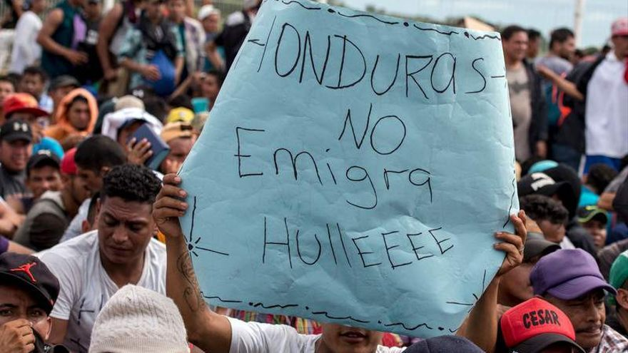 Caravana de migrantes en la frontera entre México y Guatemala / Encarni Pindado for Amnesty International