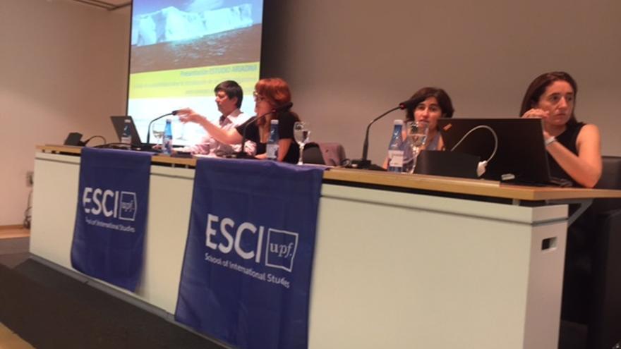 Fullana, Bala, Ayuso y Colomé, de la Universitat Pompeu Fabra, en la presentación de un informe sobre el SDDR en Valencia.