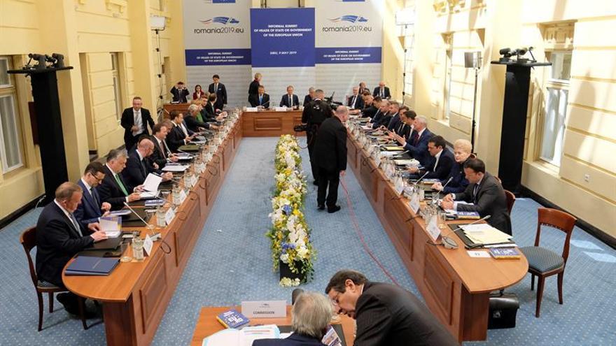 Vista general de la Cumbre informal de líderes de la Unión Europea que se celebra, este jueves, en Sibiu (Rumanía).
