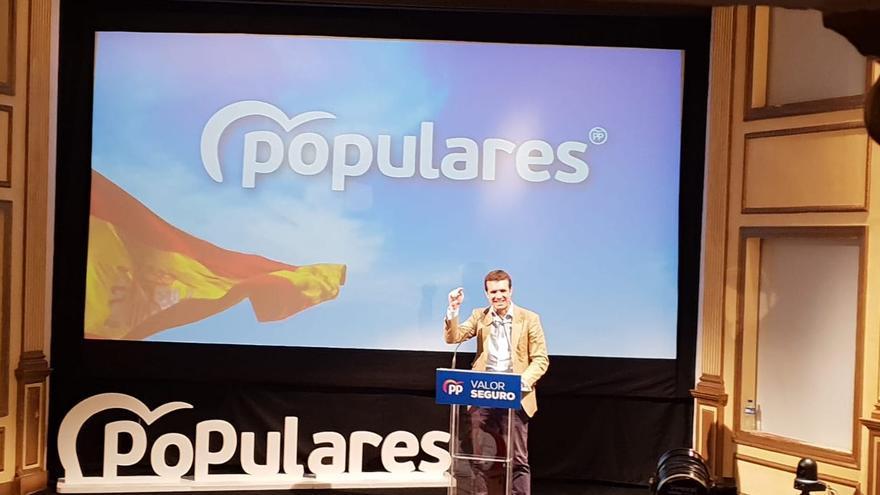 Pablo Casado durante su intervención en el Teatro Chico.