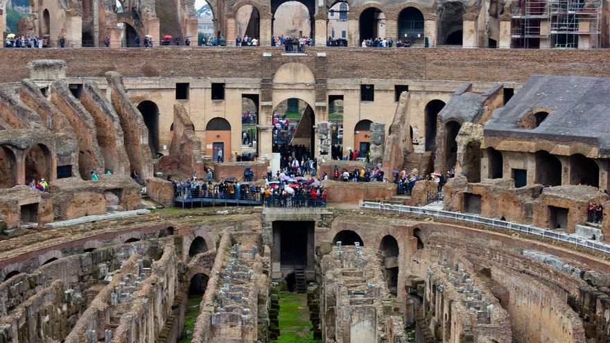 Interior del Coliseo romano, una de las obras cumbre de la civilización occidental.