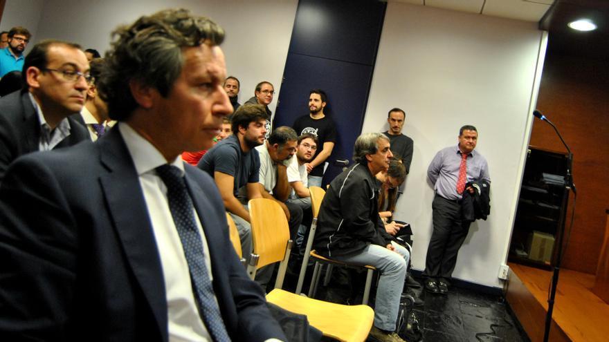 Carlos Floriano ha pedido para los 6 imputados la pena máxima por una falta de coacciones