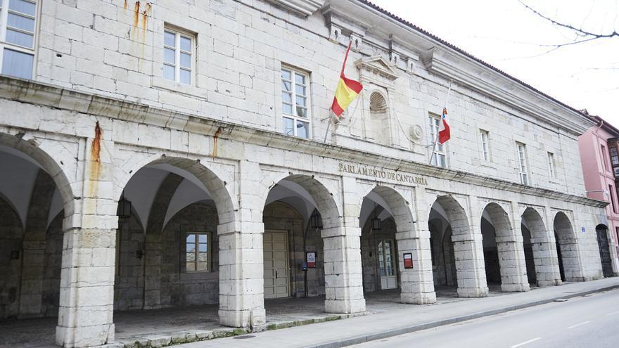 Admitidos a trámite en el Parlamento de Cantabria cuatro proyectos de ley