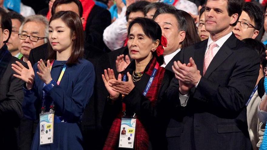 Líderes surcoreanos muestran su apoyo a la opositora birmana Aung San Suu Kyi