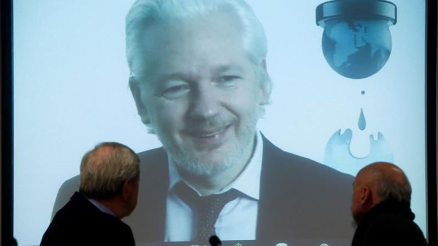 Assange: La libertad expresión es el derecho habilitador de todos los demás