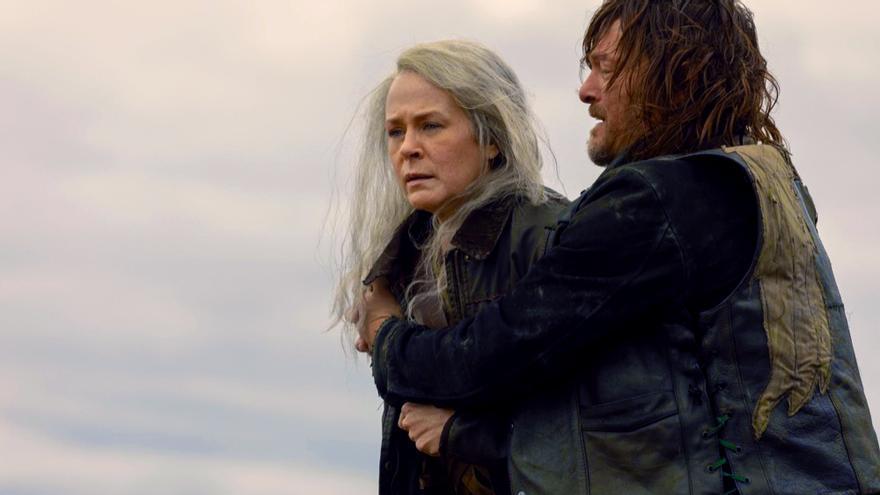 Melissa McBride y Norman Reedus en 'The Walking Dead'