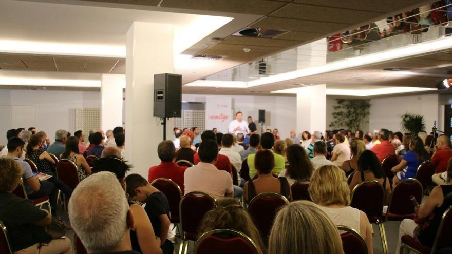 Fernández Vara propone a los militantes del PSOE decidir las políticas del partido