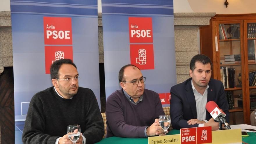 Hernando (PSOE) asegura que Pedro Sánchez afrontará una reforma constitucional que mejore la convivencia
