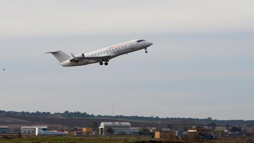 Air Nostrum pone a la venta vuelos de Melilla con Almería, Granada y Sevilla