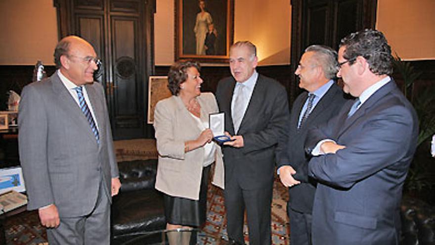 Vicent Miguel i Diego, el dia de la seua jubilació como a secretari general de l'Ajuntament de València.