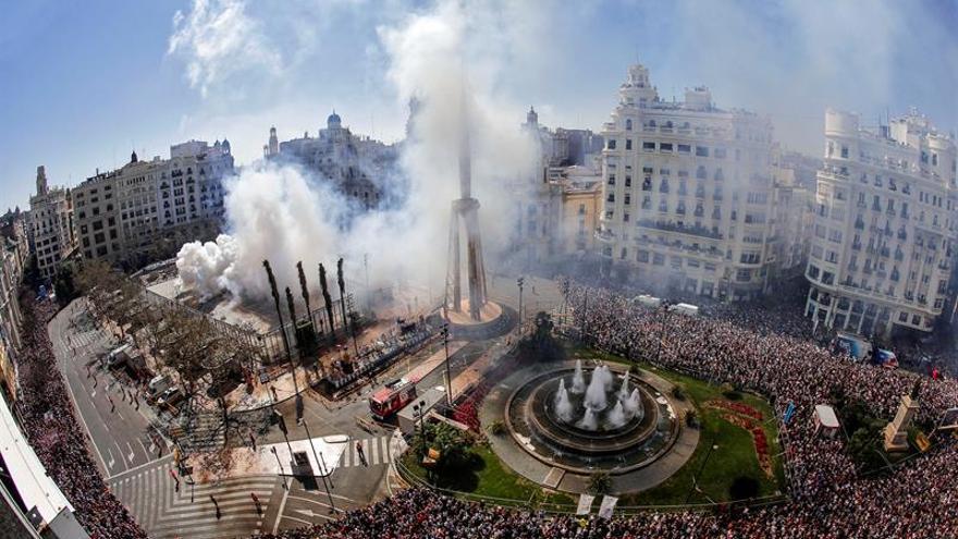 Los cimientos de Valencia se tambalean al ritmo de los truenos de Reyes Martí
