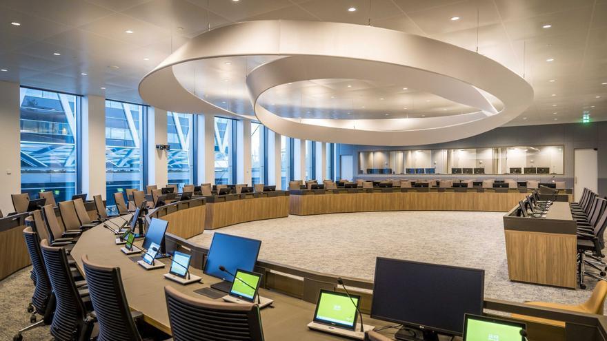 La EMA ya evalúa la solicitud de uso en la UE de las vacunas Moderna y Pfizer