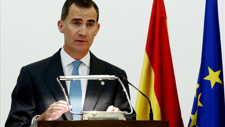 Los Reyes expresan a Francia el horror y consternación del pueblo español