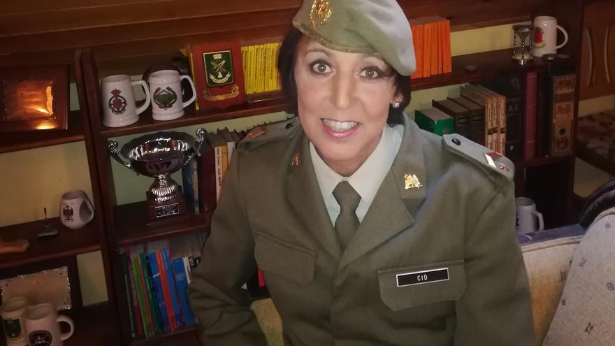 Estrella Cid se ha convertido en la primera persona trans que llega al rango de suboficial mayor del Ejército de Tierra