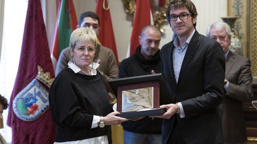 Vitoria recuerda a Francisco González 34 años después de su asesinato por ETA