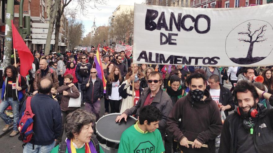 La marcha norte a su paso por Cuatro Caminos / Juan Luis Sánchez