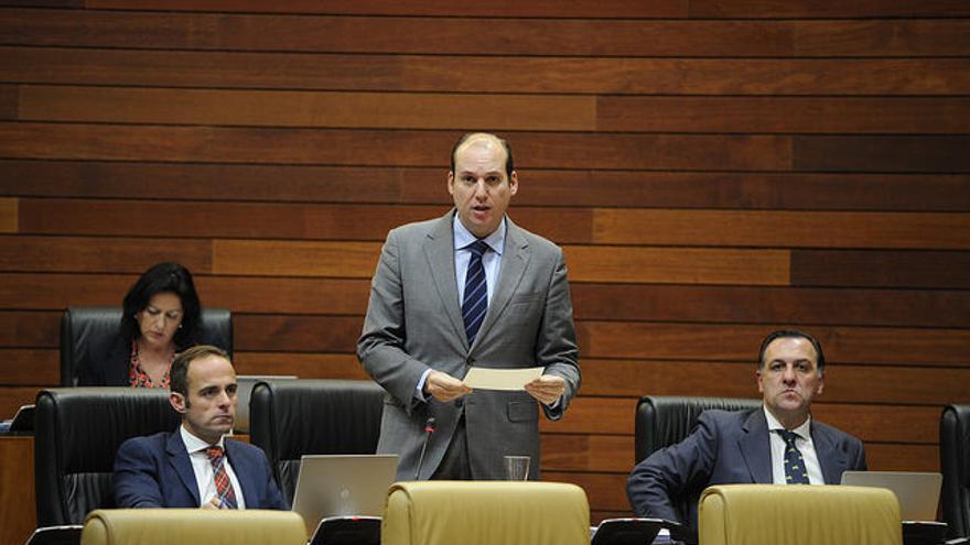 Luis Hernandez Carron Juan Parejo Juan Morales PP Extremadura