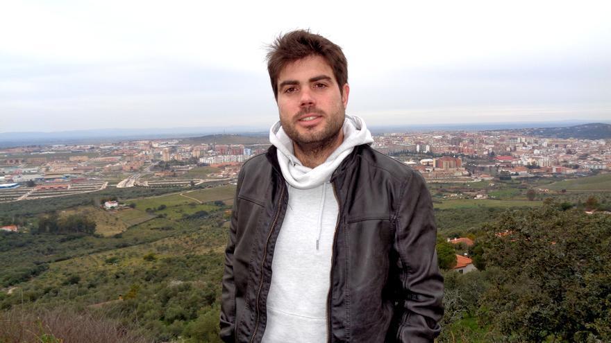 José Luis Gibello es el cabeza de lista de la confluencia de Ganemos Cáceres a las locales