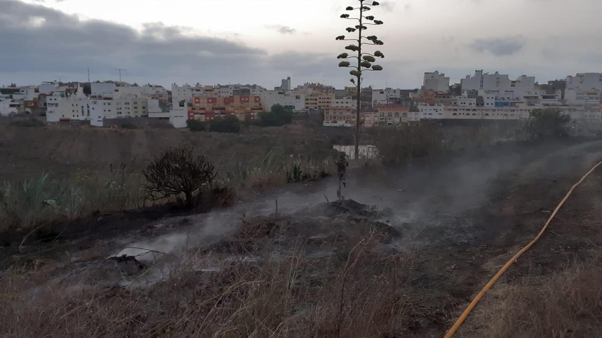 Incendio en Almatriche, Las Palmas de Gran Canaria