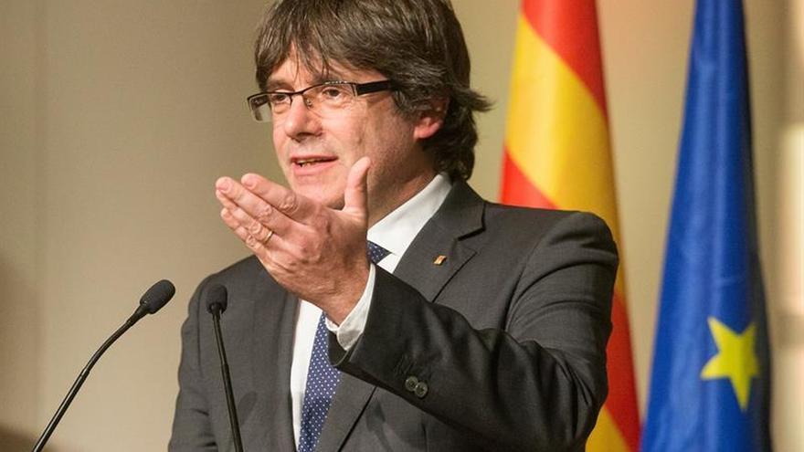El PDeCAT insiste en una lista unitaria tras la reunión con Puigdemont en Bruselas