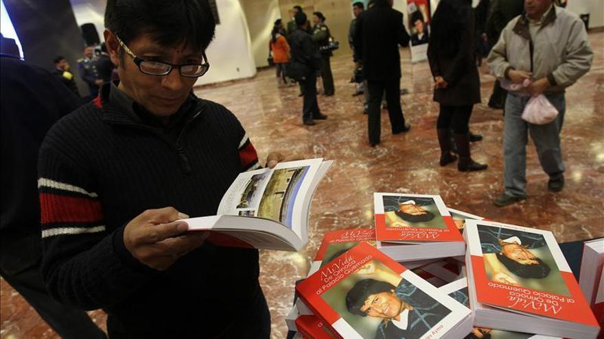 """Evo Morales presenta """"Mi vida, de Orinoca al Palacio Quemado"""""""