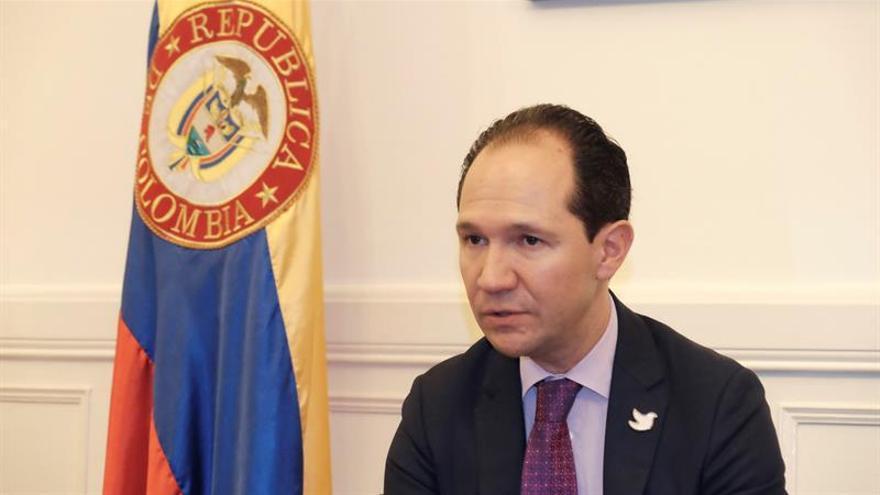 Colombia y China firman una alianza para cooperar en la lucha contra la pobreza