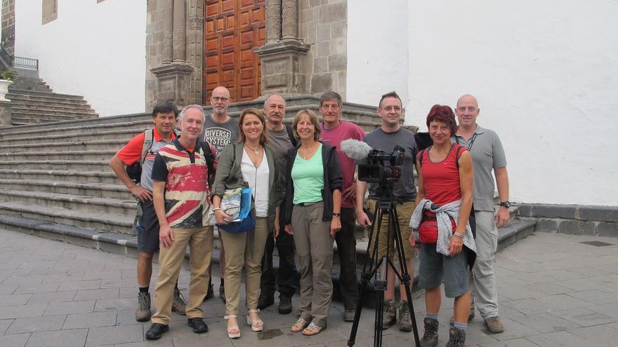 El grupo de periodistas alemanes con Alicia Vanoostende.