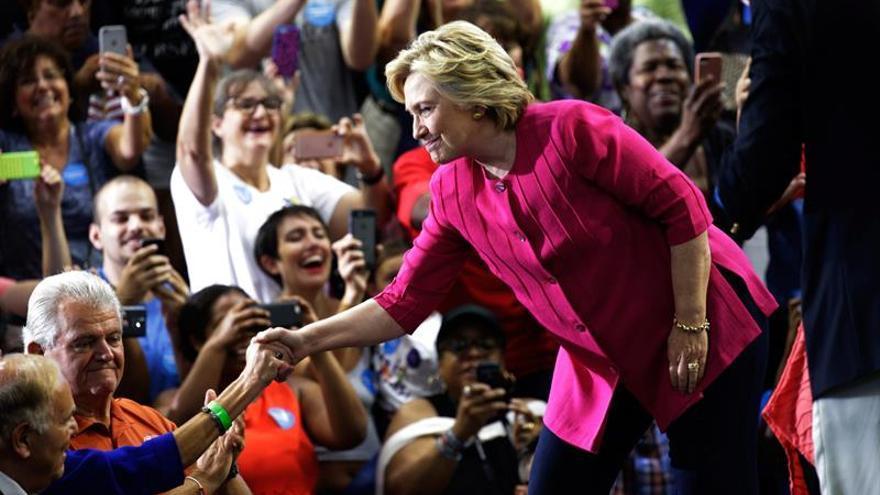 Trump y Clinton encaran una dura campaña tras su nominación a la Casa Blanca