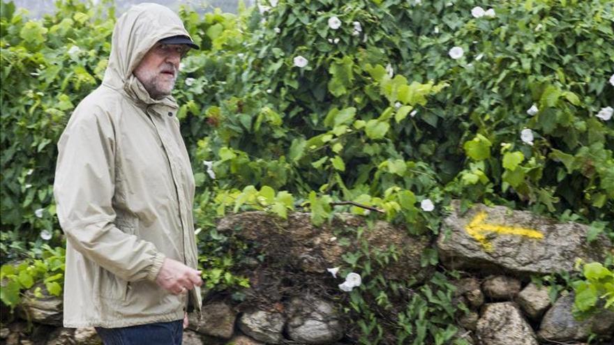 Rajoy expresa su pésame a la familia y los compañeros de Miguel Pajares