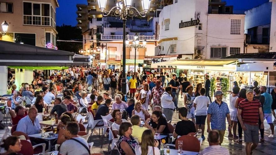 Los partidos no ven riesgo de 'turismofobia' en Andalucía pero piden mejorar las condiciones laborales en el sector