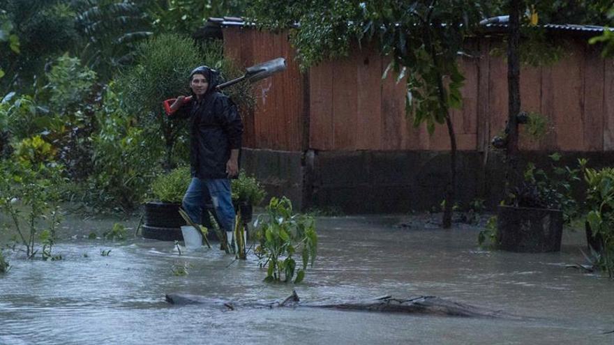 Se eleva a 13 cifra de muertos en Nicaragua a causa de la tormenta Nate