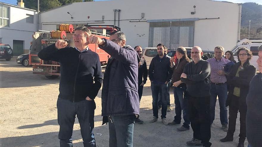 El president Ximo Puig ha visitado la zona afectada por el incendio forestal de Culla, en Castellón