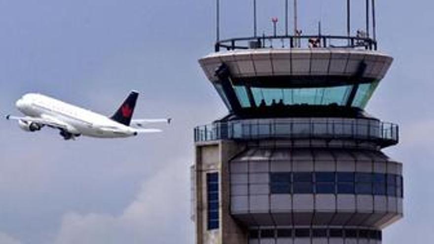 Recurso de una torre de control con un avión
