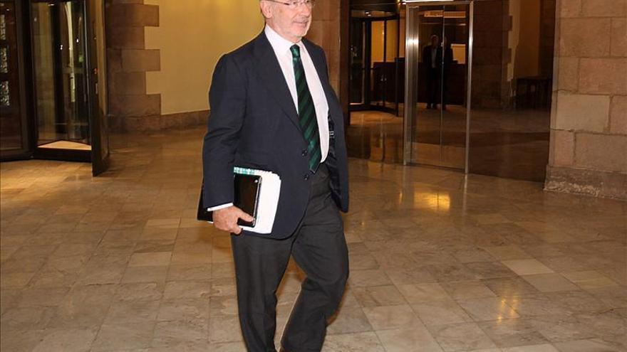 Economía iba a seguir negociando con Rato sobre Bankia si no hubiera dimitido
