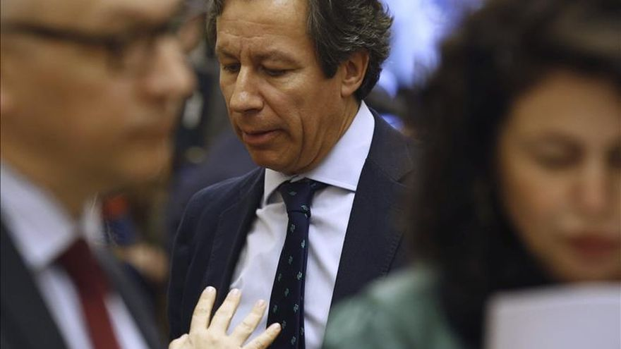 Floriano dice que Aznar es un gran activo y por eso ha contado con él en la campaña