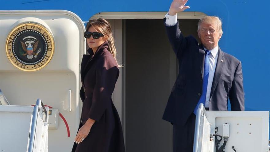 """Melania tiene cosas """"mucho más importantes"""" en la cabeza que los engaños de Trump"""