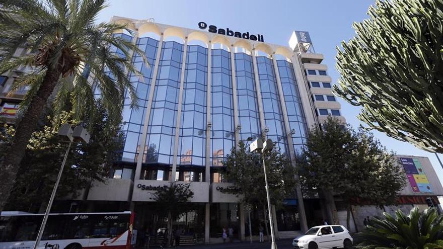El TSJCV reclama 2 juzgados más para Alicante por el traslado del Banco Sabadell