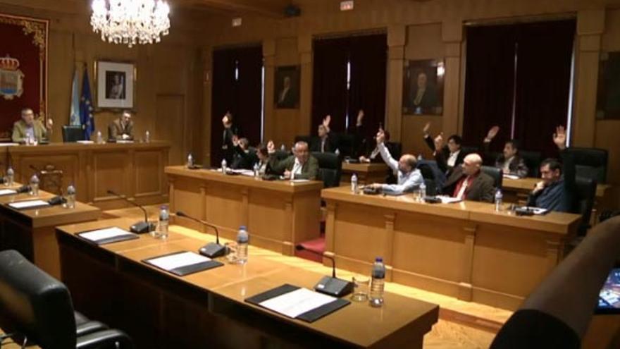La oposición vota la reprobación de Baltar
