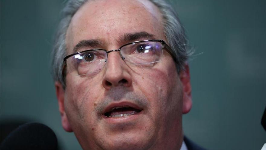 El jefe de Diputados dice que Rousseff admite error que puede costarle el cargo