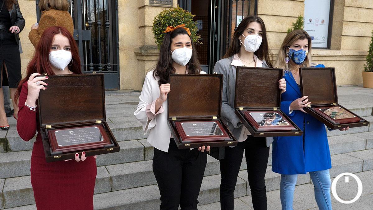 Entrega de los premios de la Primera Edición de los Premios María Zambrano en el Rectorado