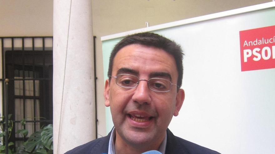 """PSOE-A valora la """"lección de ética y compromiso"""" de Chaves y Griñán, que desvincula de la posición de otros partidos"""