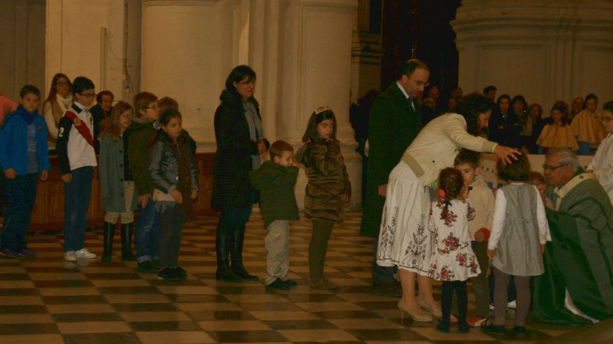 """El Arzobispado destaca la afluencia de fieles a la Catedral frente a los """"ataques"""" por 'Cásate y sé sumisa'"""