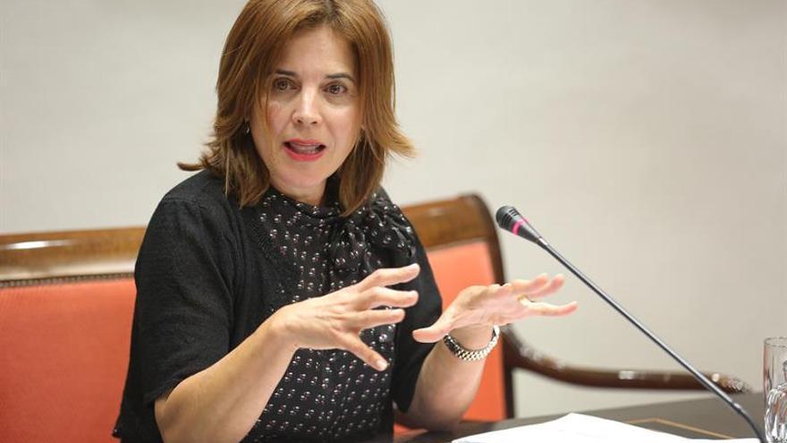 Teresa Cruz, en la Comisión de Sanidad. (EFE)
