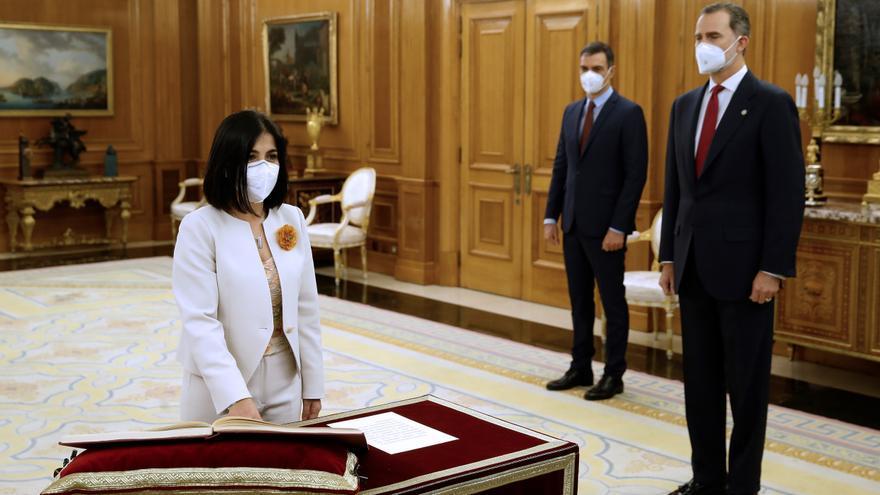 Darias promete ante el Rey su nuevo cargo como ministra de Sanidad