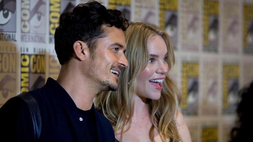 """Orlando Bloom y Cara Delevingne dan detalles de """"Carnival Row"""" en la Comic-Con"""